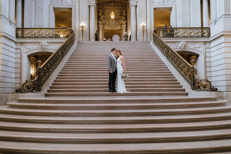 2018-10-04_ROEDER_EdMeredith_SFcityhall_Wedding_CARD1_0159.jpg