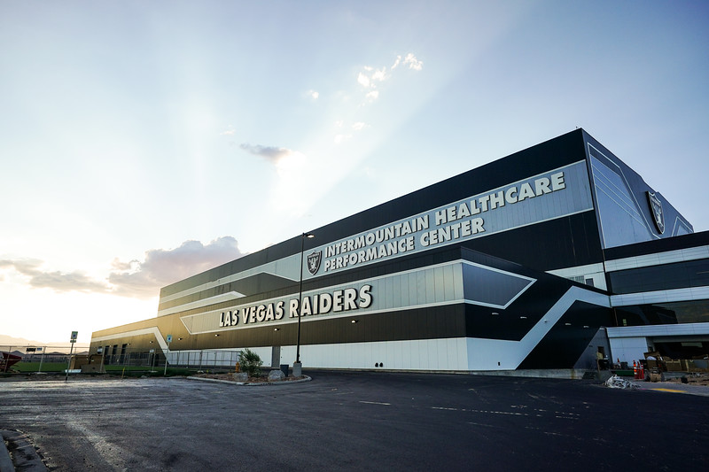 INTERMOUNTAIN HEALTHCARE PERFORMANCE CENTER, Las Vegas Raiders