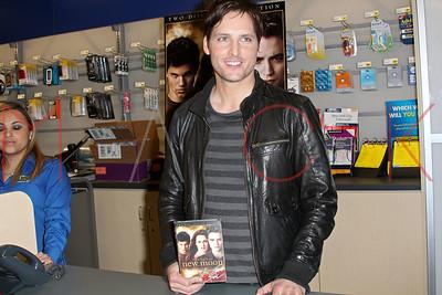 "New York, NY - March 19:  The ""Twilight Saga: New Moon"" DVD release event, New York, USA."