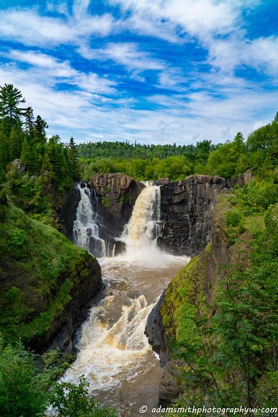 waterfalls_north_shore-1.jpg