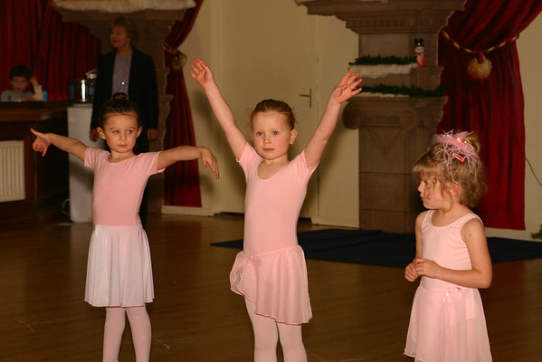 Rosie's Xmas Ballet 2005