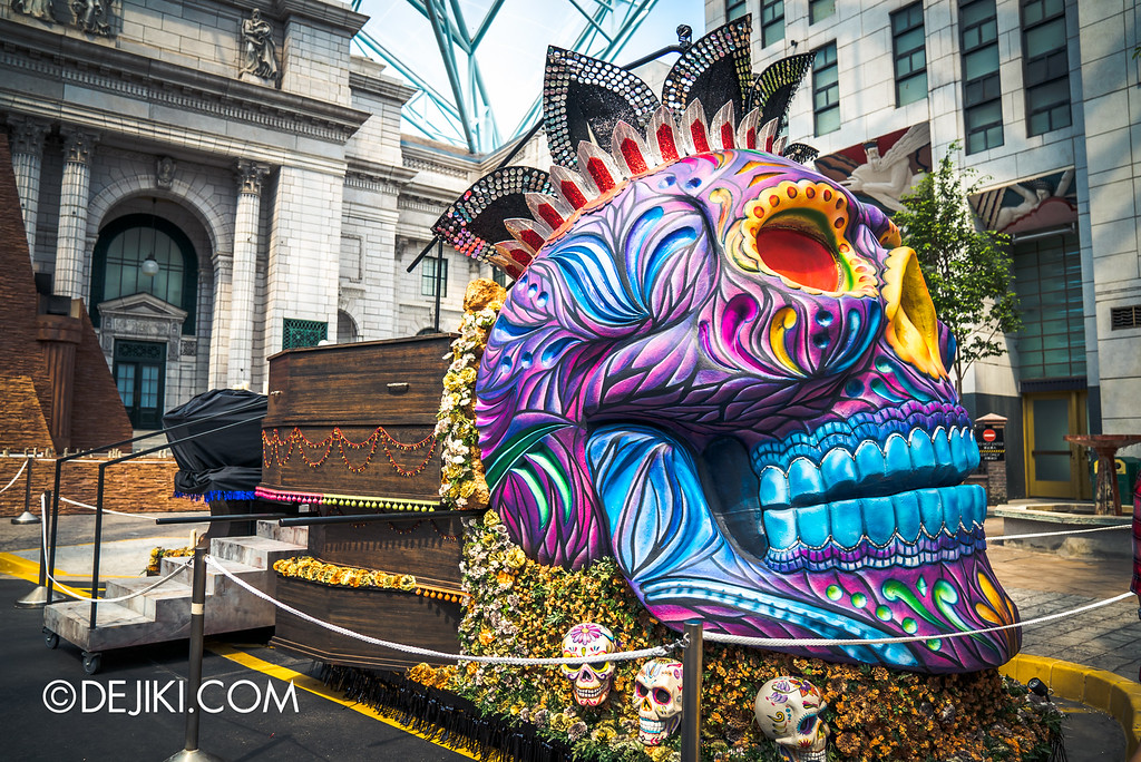 Universal Studios Singapore - Halloween Horror Nights 6 Before Dark Day Photo Report 4 - March of the Dead / Sugar Skull float