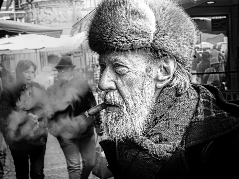 bw smoker.jpg