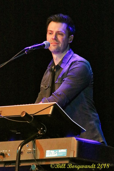 Band - Brett Kissel at Jube 140.jpg