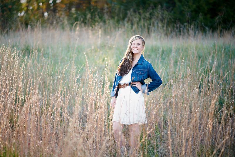 Jefferson_City_MO_High_School_Senior_Portrait_Photographer_Binder_Outdoor-1.jpg