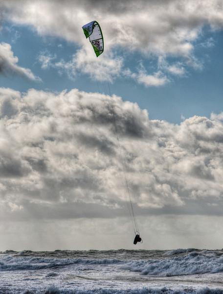pacific-ocean-kite-surfing-7.jpg