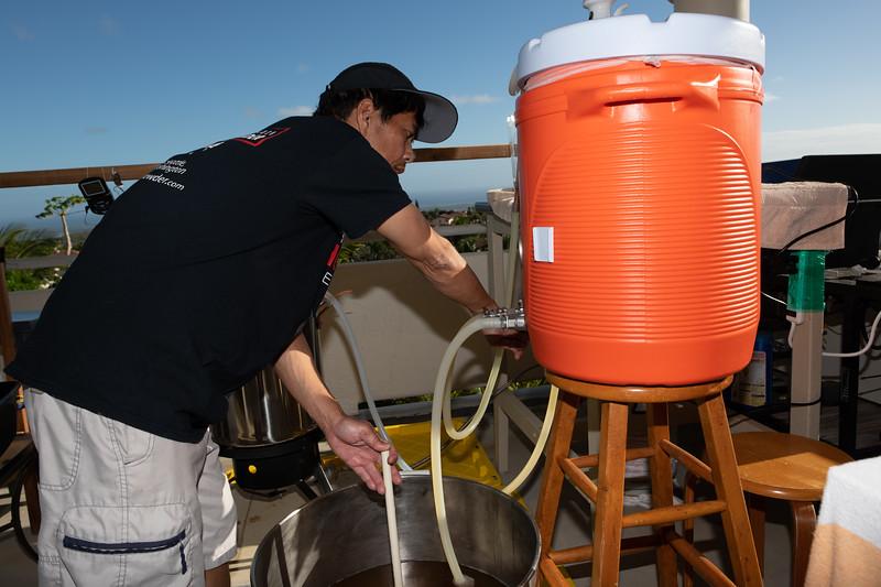 Hawaii - Brewing Beer-63.jpg