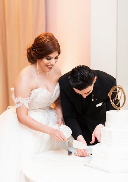 Alexandria Vail Photography Wedgewood Fresno Wedding Alexis   Dezmen749.jpg