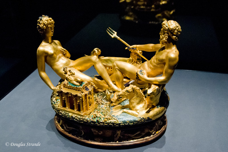 Salt & Pepper vessel for table use in solid gold.  By Benvenuto Cellini