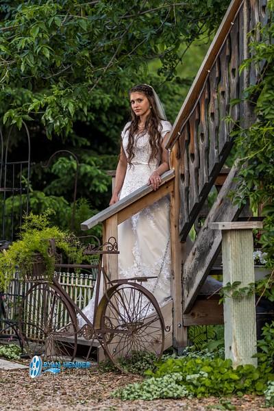 barbwire and lace bridal photo shoot brooklyn -116.jpg
