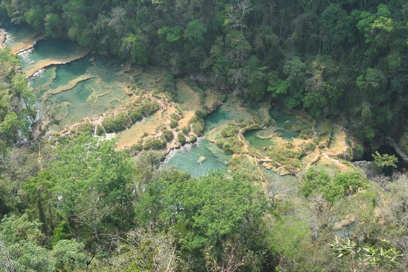 Cascade of cascadas