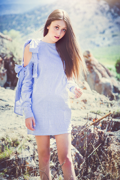 Bluedress-01.jpg