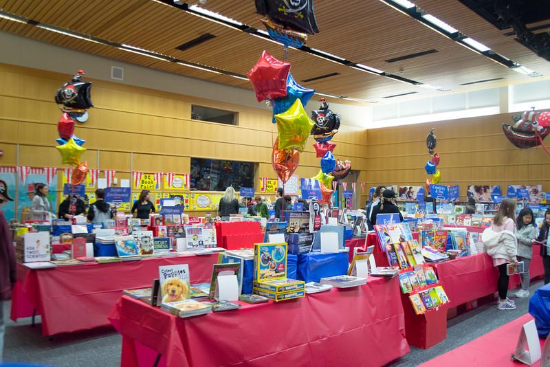 2016114-Book Fair--5.jpg