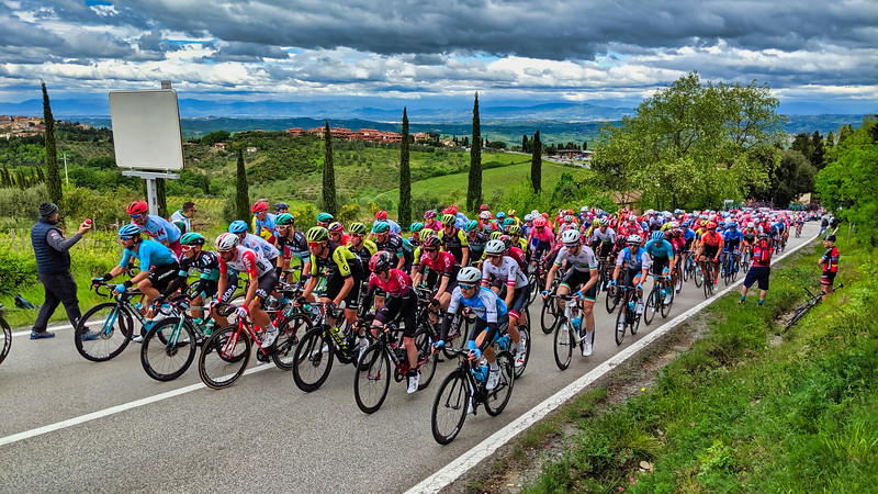 Day 4: Giro Day 2 Stage 3  Vinci to San Giminiano