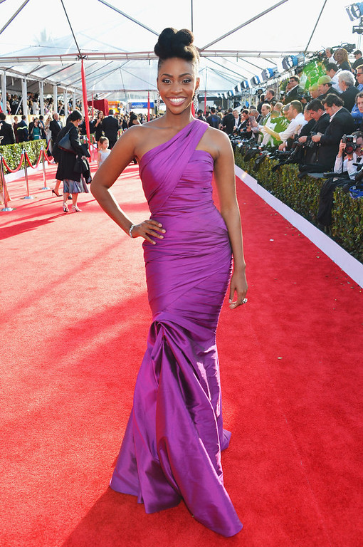 . Actress Teyonah Parris arrives at the 19th Annual Screen Actors Guild Awards held at The Shrine Auditorium on January 27, 2013 in Los Angeles, California.  (Photo by Alberto E. Rodriguez/Getty Images)