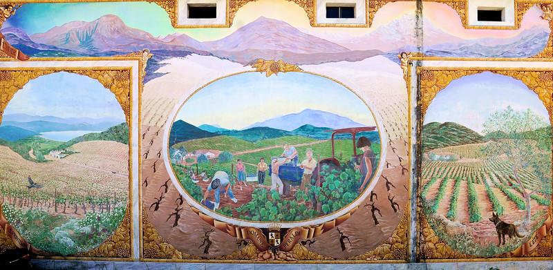 08_19 corsica winery mural DSC04728.JPG