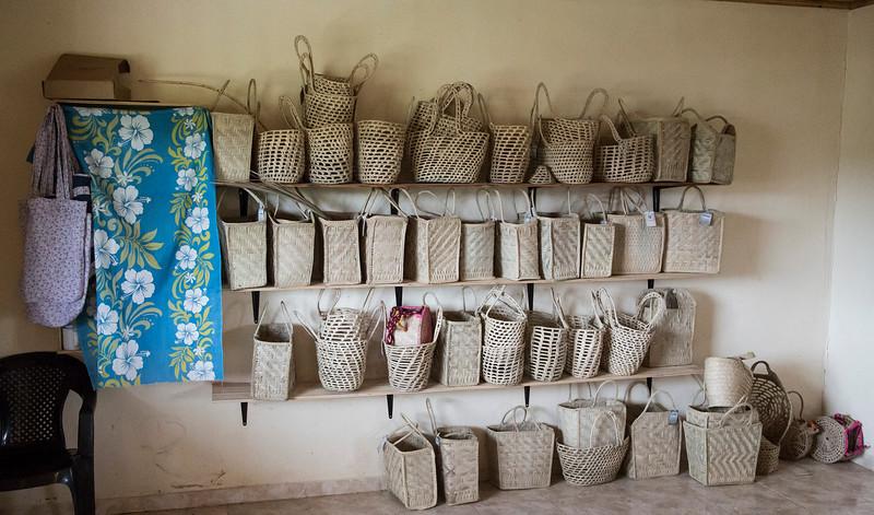 Así exhiben las artesanías que fabrican /// This is the exhibition of their products