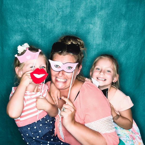 aubrey-babyshower-June-2016-photobooth-42.jpg