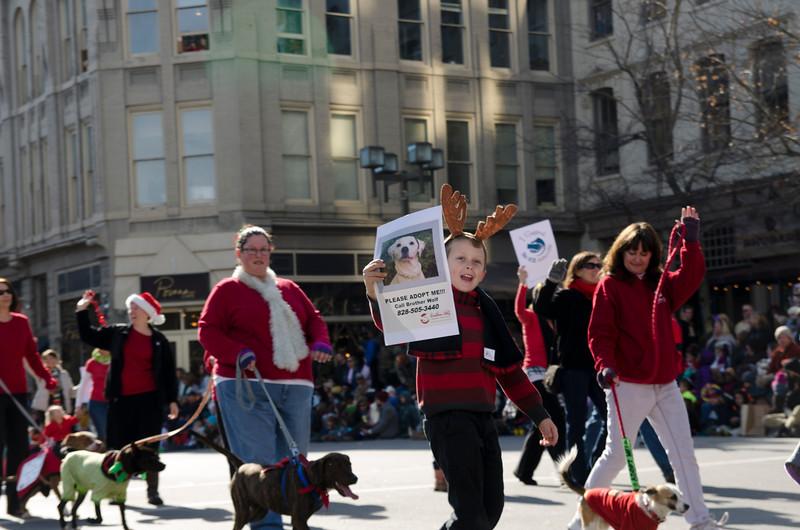 2014 Holiday Parade_3-2.jpg
