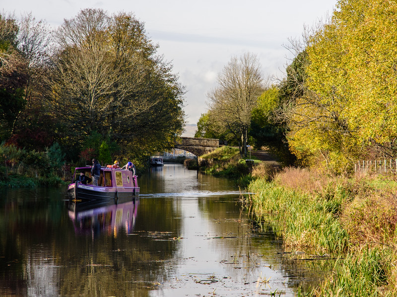 Boat on the Union Canal