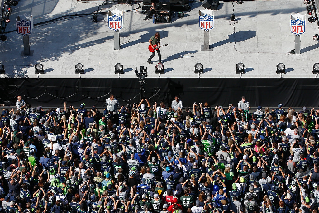 . SEATTLE, WA - SEPTEMBER 04:  Chris Cornell of Soundgarden performs outside the stadium prior to the game between the Green Bay Packers and the Seattle Seahawks at CenturyLink Field on September 4, 2014 in Seattle, Washington.  (Photo by Otto Greule Jr/Getty Images)