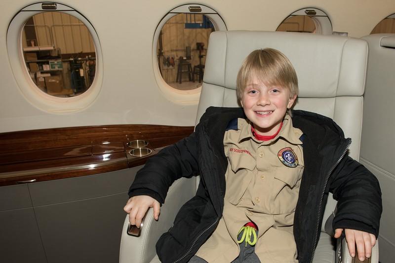 Cub-Scouts-airplane-2-7709.jpg