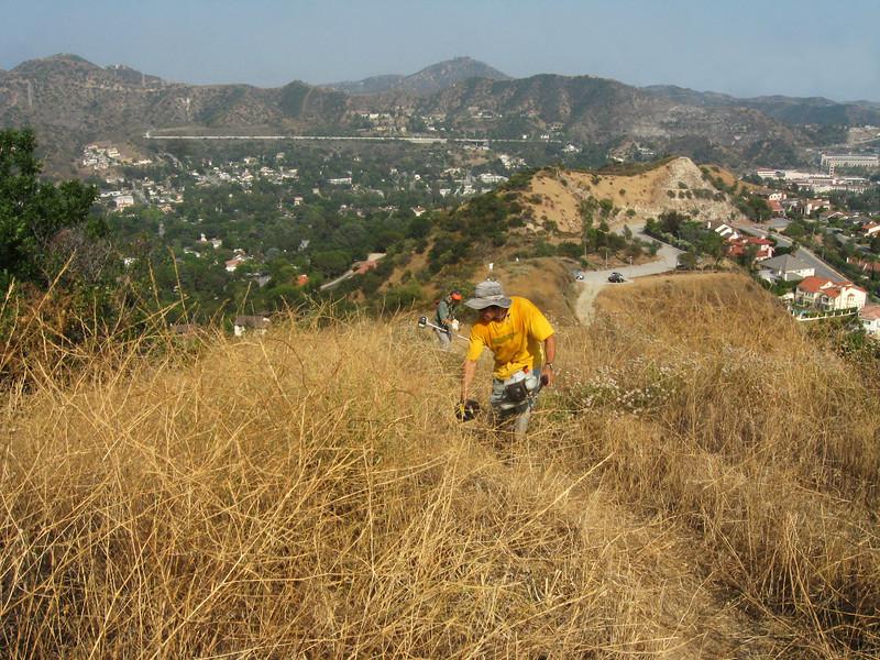 20080625004-Glendale Las Flores Trailwork.JPG