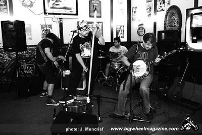 Los Duggans - at Sports and Spirits - Bakersfield, CA - June 4, 2010