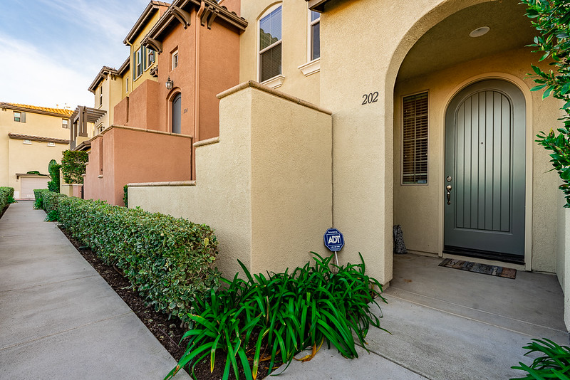 202 Marquette Ave, San Marcos MLS-23.jpg