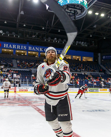 02-05-16 IceHogs vs. Griffins