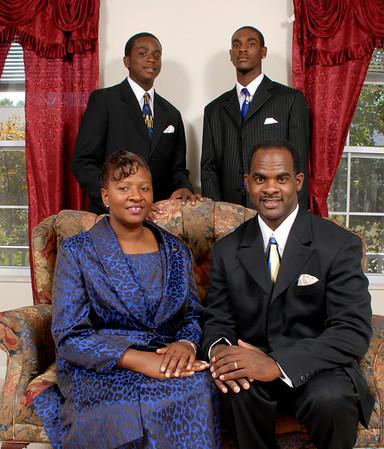 Joshua Senior Photos and his family