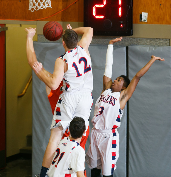 RCS-BoysBasketball-01.16.2014-05.jpg