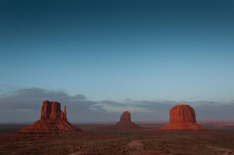 Monument Valley at dusk - Utah