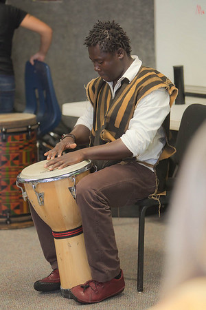 Drumming class with Okaidja