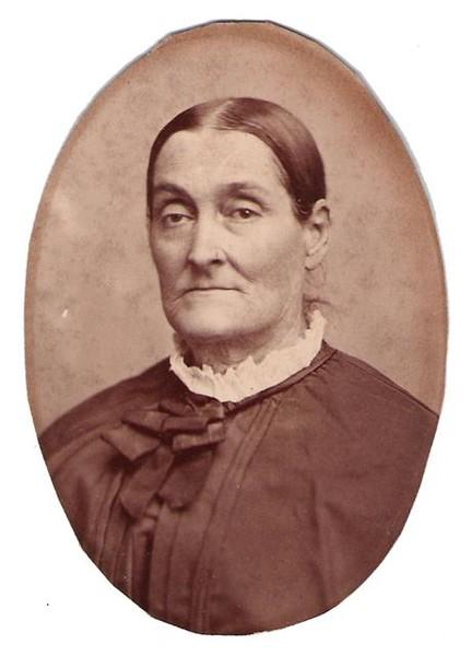 1880, María Rosa de las Mercedes Casanova