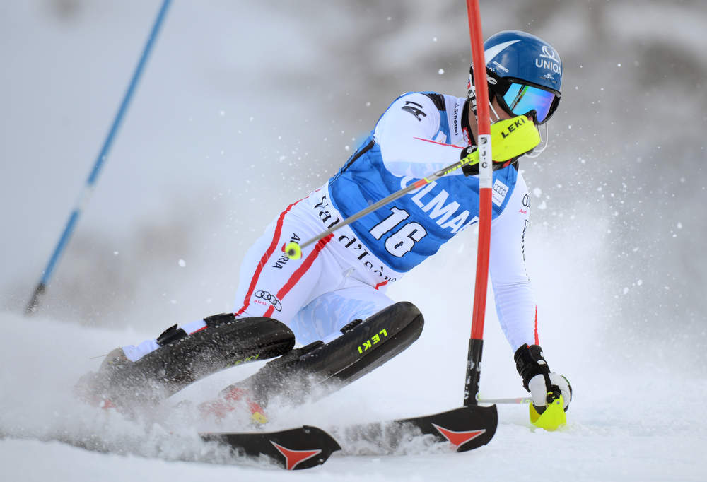 Description of . Austrian Benjamin Raich competes in the first run of FIS World Cup men's slalom on December 8, 2012 in Val d'Isere, French Alps.     AFP PHOTO/PHILIPPE DESMAZES/AFP/Getty Images
