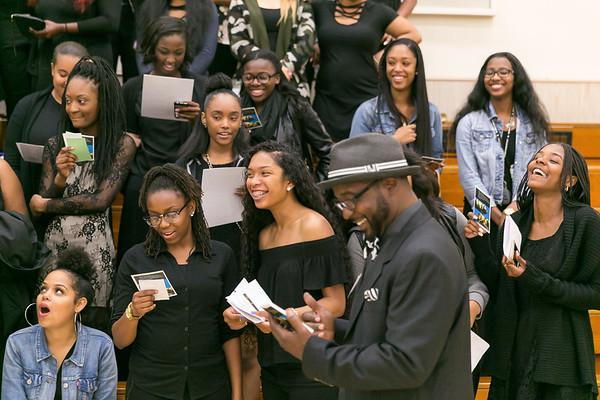 IE Black Grad 2017 (final)