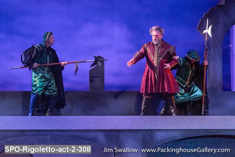 SPO-Rigoletto-act-2-308.jpg