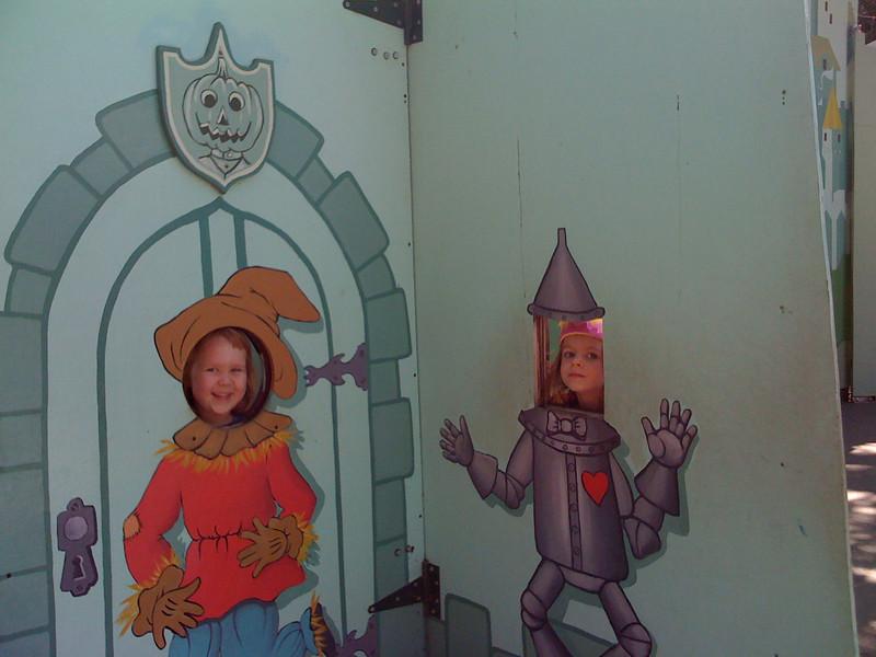 Scarecrow Dylan and Tin Sam