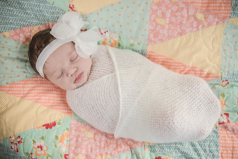 Haylee newborn session-3.jpg