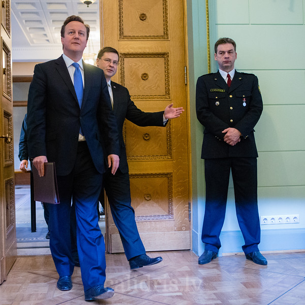 Press conference with British Prime Minister David Cameron and Latvian Prime Minister Valdis Dombrovskis