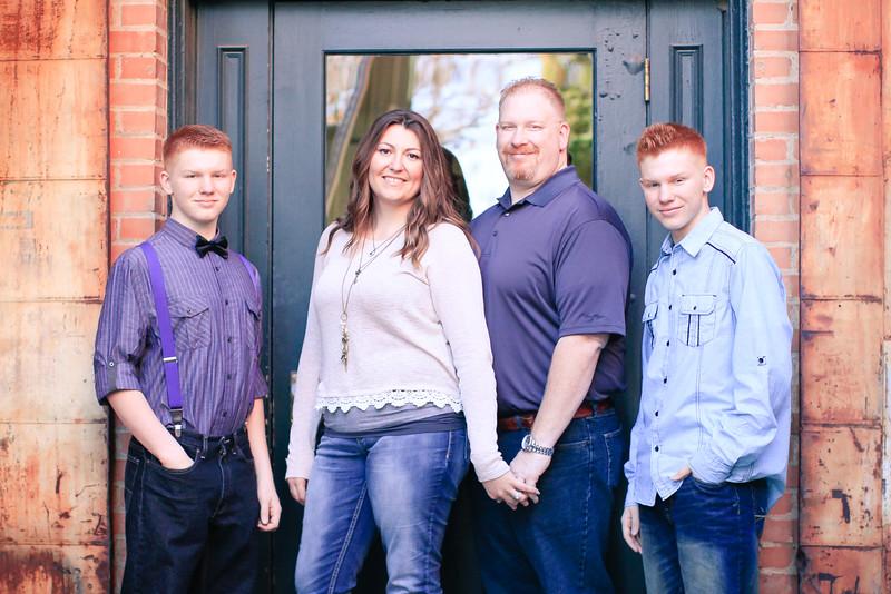THE BUHLER FAMILY-8.JPG