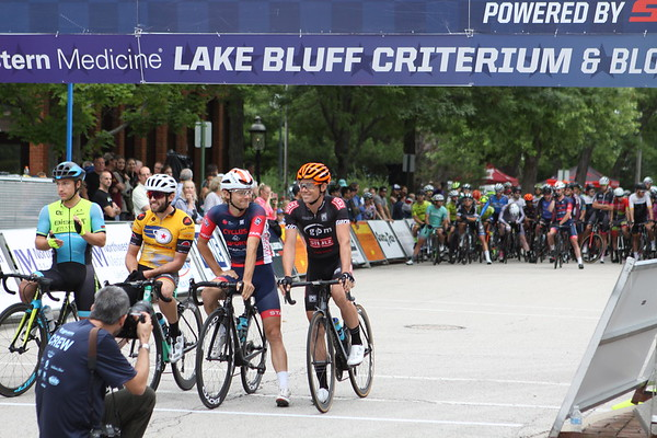 IntelligentsiaCup Lake Bluff Criterium and Block Party