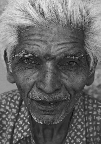 NE-INDIA-20041121A-113A-BW.jpg