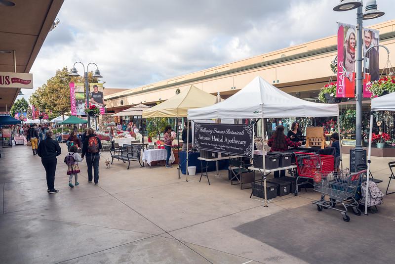 Grossmont Center San Diego Made Pop-Up Market at HolidayFest-137.jpg