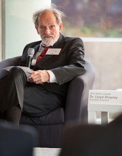 Dr. Lloyd Shapley, UCLA professor ameritus, visits the Embassy of Sweden in Washington, D.C. on November 29th, 2012 in recognition of his Nobel Prize award for economics.