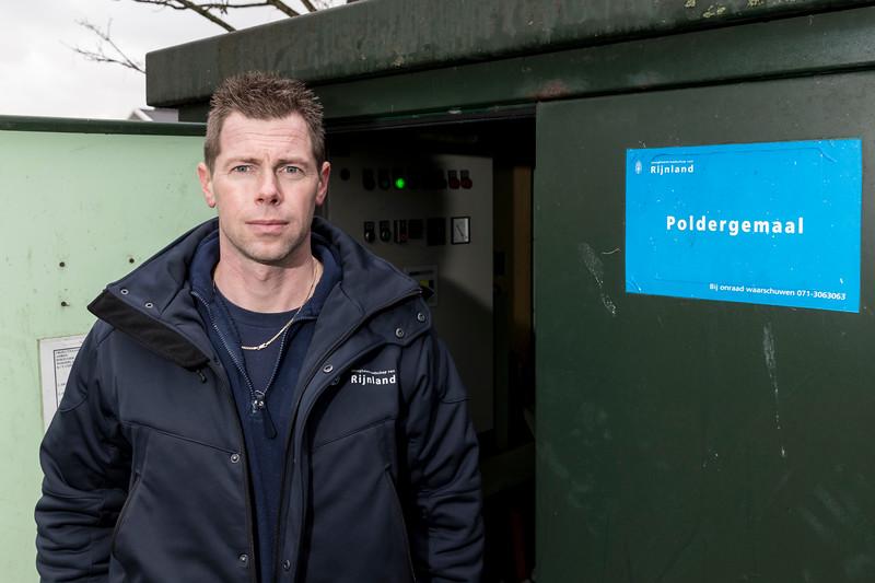 Watersysteembeheerder Martin Bekx. Wasbeeklaan 23 te Warmond in het kader van interviews Hemmeerpolder.