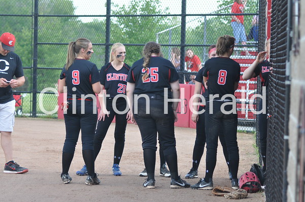 Muscatine at Clinton softball (6-4-15)