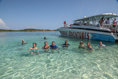 Power boat to Exuma Island