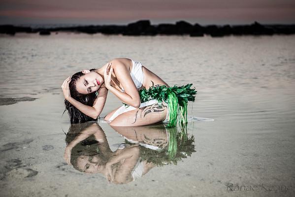 Dancers Hawaii Island